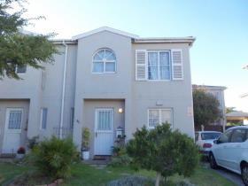 3 Bedroom Apartment / flat for sale in Kenilworth - Cape Town