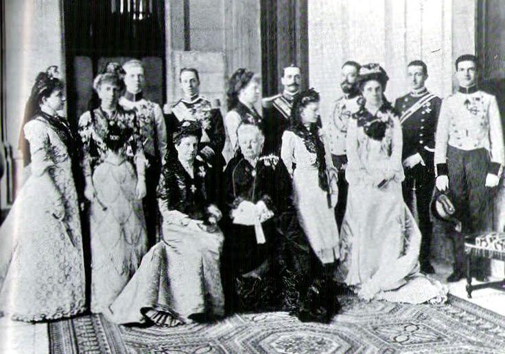 Princesa Maria de la Paz de Baviera neè Borbon y Borbon Infanta de España - Página 2