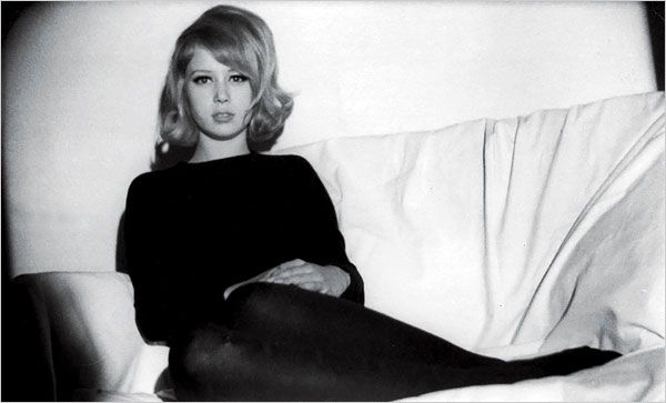 Patti Boyd. In black. And white.