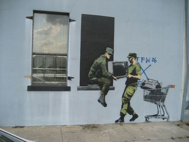 LootersBanksy Looters, New Orleans, Banksy Art, Art Banksy, Google Search, Banksy Graffiti, Banksy Street, Street Art Graffiti, Streetart