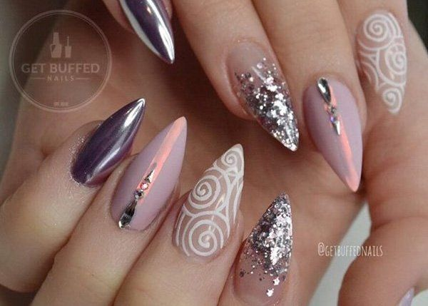 Nail Styling: 13 Ιδέες για Αμυγδαλωτά νύχια