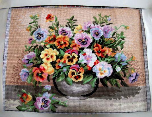 Sirôtky-vyšívané s bavlnkami