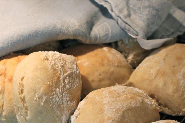 super simple healthy rolls. (recipe in Swedish..)