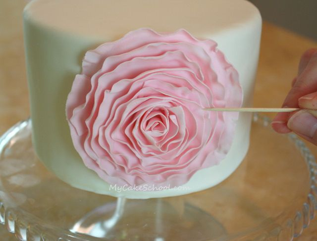 Pretty pink ruffled flower (fondant) --A tutorial!