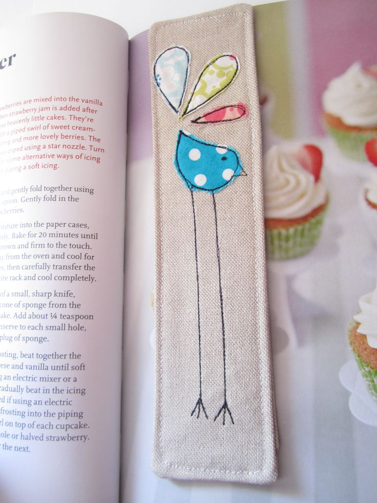 Leggy bird bookmark