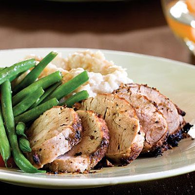 Mustard-and-Wine Pork Tenderloin Recipe < Main Dish Recipes - Southern Living