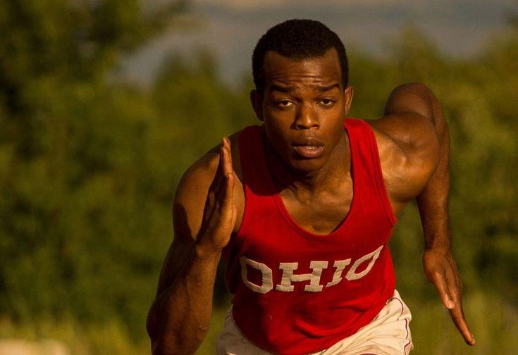 Jesse Owens e Brian Wilson, correre e cantare contro tutto - Sono emozioni forti e contrastanti quelle che si rincorrono in questo weekend al cinema. Biografie, fatti di cronaca, quadri familiari, fotografie soc... - Read full story here: http://www.fashiontimes.it/2016/04/jesse-owens-brian-wilson-correre-e-cantare-contro-tutto/