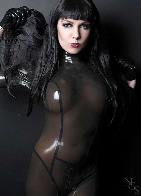 black latex rubber porn - Latex Fetish