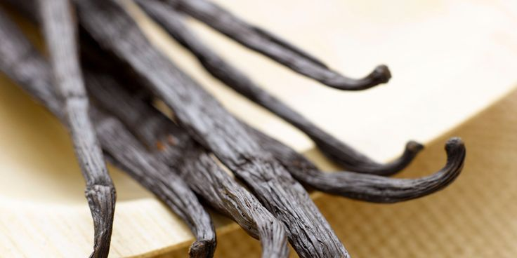 The Role Of Vanilla In Baking (And How To Replace It)