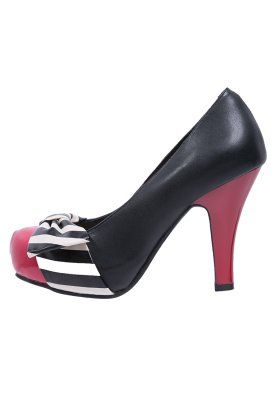 Black/red cute heels!