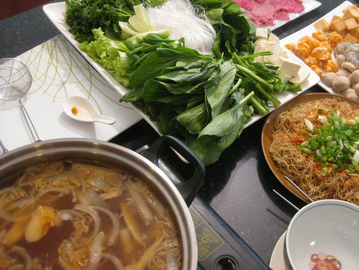 how to make vietnamese seafood hot pot