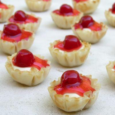 Cherry Cream Cheese Bites in crispy Mini Fillo Shells