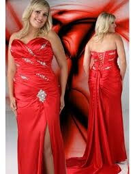 Beautiful plus size prom dress that gives that hourglass look