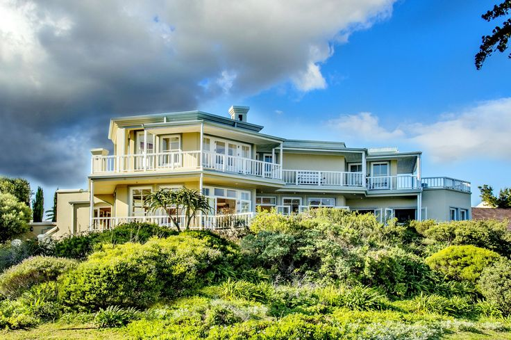 6 bedroom House for sale in Knysna