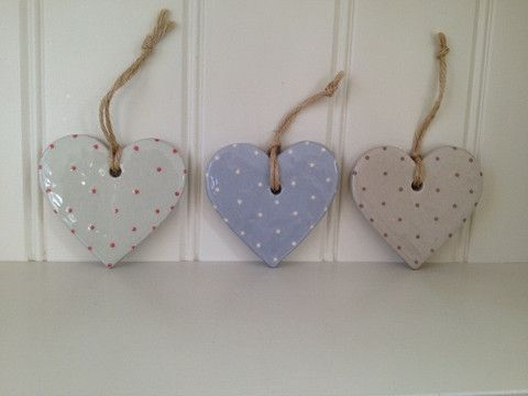 Hanging Hearts by Jane Hogben - Eliza Wray
