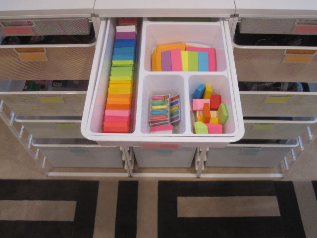 Post It Notes Organized By Size Then By Color: Home Office Organization