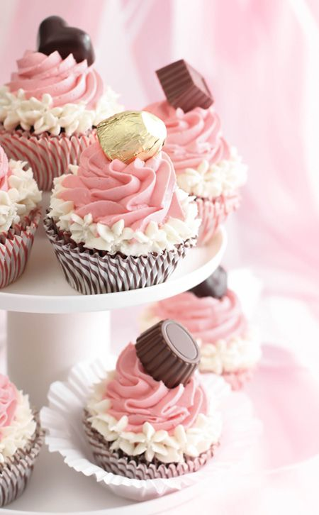 Recipe for adorable Neapolitan bonbon Cupcakes.. Mine would never look this adorable but maybe worth a try!