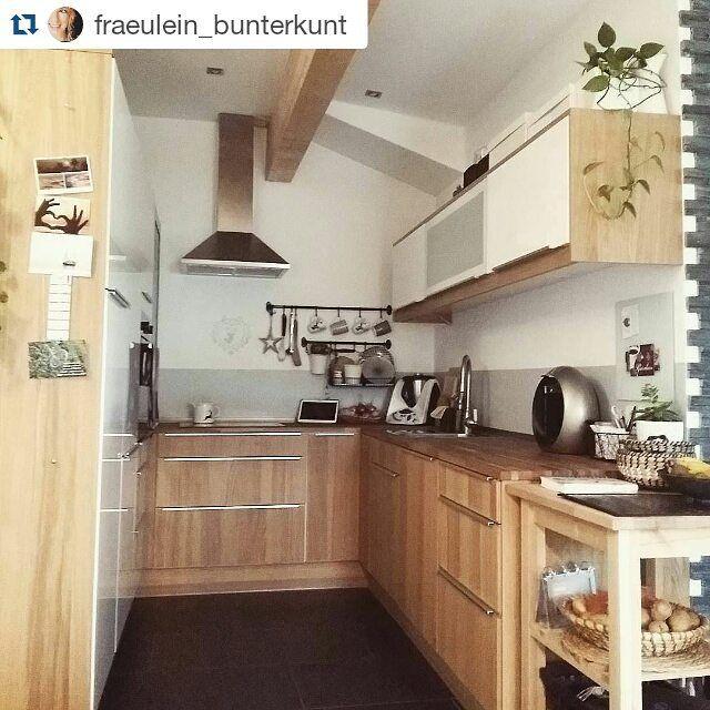 In so einer schönen #Küche zu backen bereitet doch Freude!  Seid ihr auch schon fleißig am Kekse backen? #IKEA #Repost @fraeulein_bunterkunt #METOD #HYTTAN #FINTORP #Kekse #Backen #Zuhause #IKEAat
