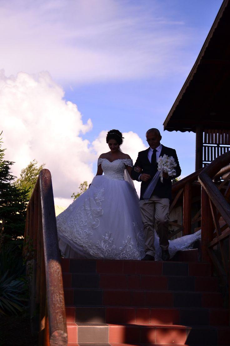 #Оформление и украшение ресторана на свадьбу, #Оформление шатров на свадьбу, #Украшение свадебных машин, #Оформление выездной регистрации, #Оформление свадьбы на природе, #Оформление свадьбы на теплоходе,  #Оформление венчания, #Оформление свадебных столов, #Оформление банкетного зала на свадьбу, #Украшение стульев, #Украшение бутылок на свадьбу, #Свадебная арка, #Сервировка стола салфетками, #Композиции живыми цветами на стол молодожёнов, #Композиции живыми цветами на столы гостей,