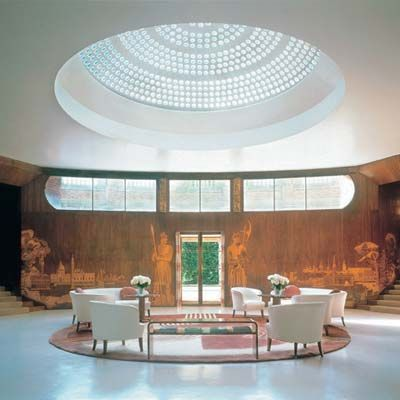 Eltham Palace & Gardens    Plan #yourjourney online at http://ojp.nationalrail.co.uk/service/planjourney/search