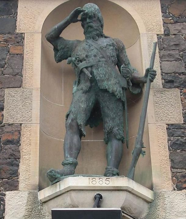 Bronze statue of Alexander Selkirk at the site of his original house on Main Street, Lower Largo Fife, Scotland. Wikimedia