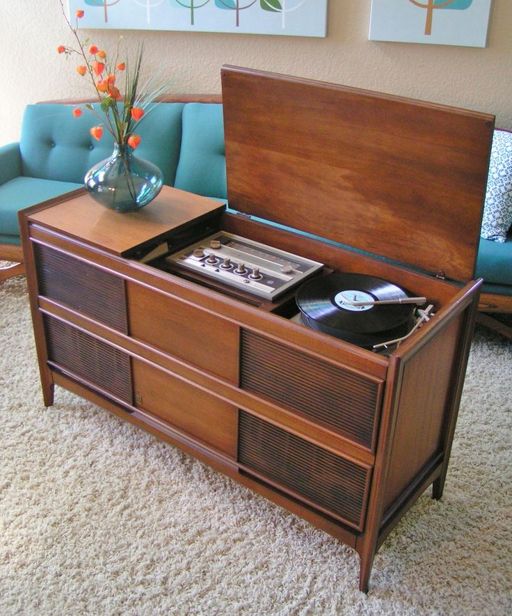 Mid Century Modern General Electric Stereo Console. Sleekandsimplelines.com