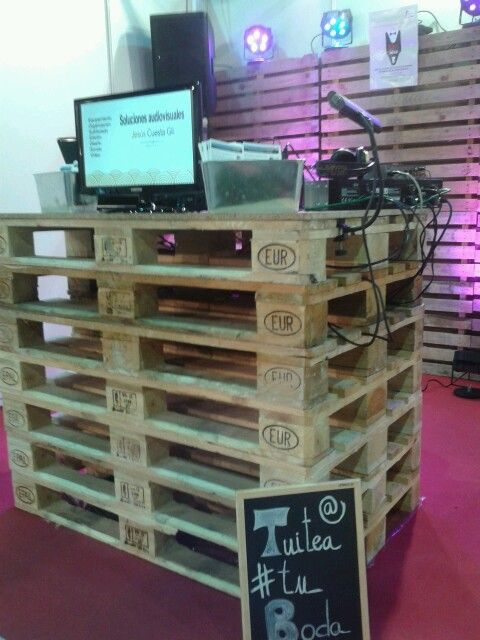 Last November 2013 we start our 2014 job with our #stand at #Detiqueta #Gijon. We think it's cool, don't you think?   www.audiovisualescuesta.com