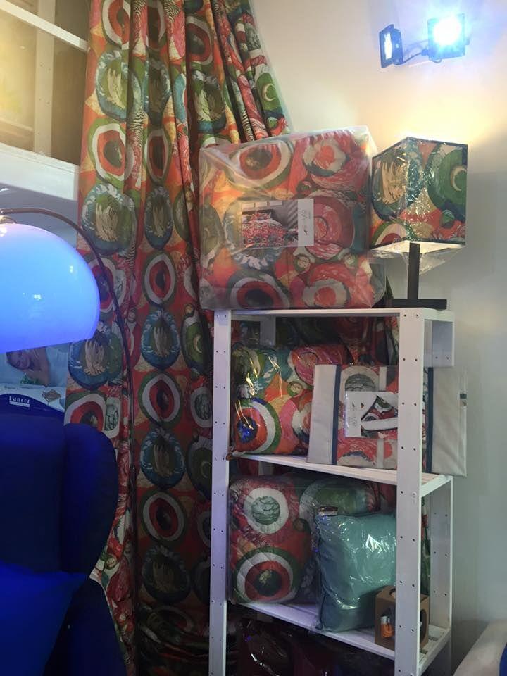 """""""Corner Wiliams by Reevèr One Home: pannello tenda, trapunta, quilt, lenzuola, cuscini e lampada. Cattura i raggi del sole che si avvia al tramonto e colora la tua camera da letto."""" #personalizza #casa #arredo #lenzuola #cuscini #interni #personalizzazione #design #innovazione"""
