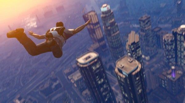 GTA V - recension av spelet och online-läget:  http://www.senses.se/recension-gta-v-online-ps3/