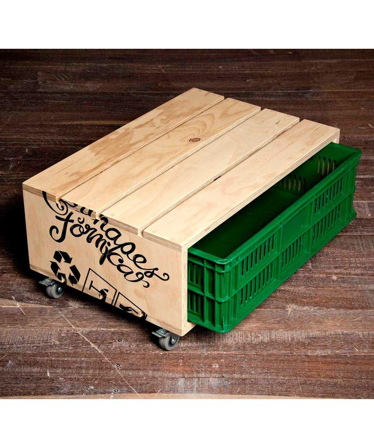 Mesa Canasta ecoamigable - Verde y roja - $190.000 COP  (Envío Gratis). Encuentra más ideas de regalos para bodas en www.giferent.com/regalos-matrimonio