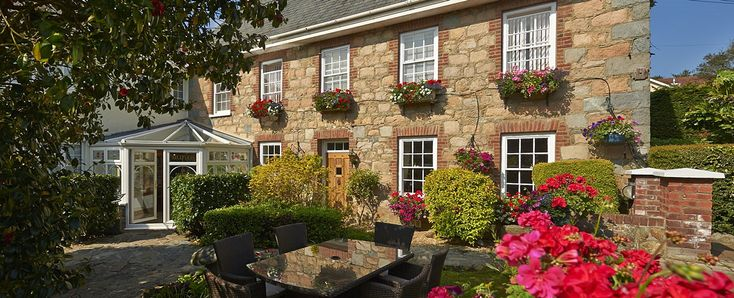 La Barbarie Hotel Guernsey | Best 3 star hotels in Guernsey.