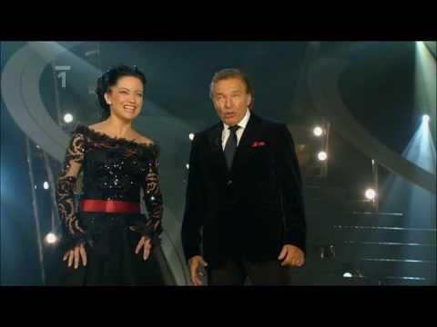 ▶ Lucie Bílá & Karel Gott - Krása (2009) - YouTube