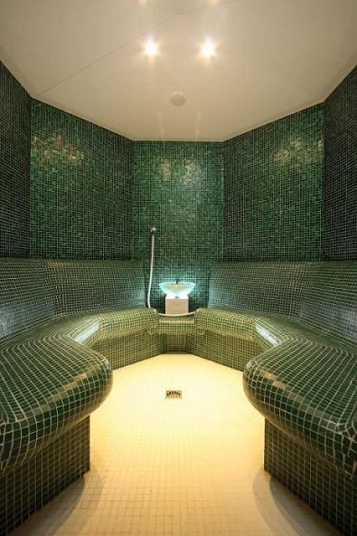 how to build a commercial steam room