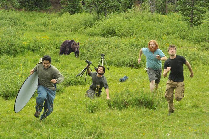 あるぅ~ひ、もりのなか、クマさんに、であぁたぁ~♪