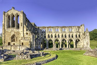 RievaulxAbbey-When awarded a life peerage in 1983, former Prime Minister Harold Wilson, a Yorkshireman, adopted the title Baron Wilson of Rievaulx.