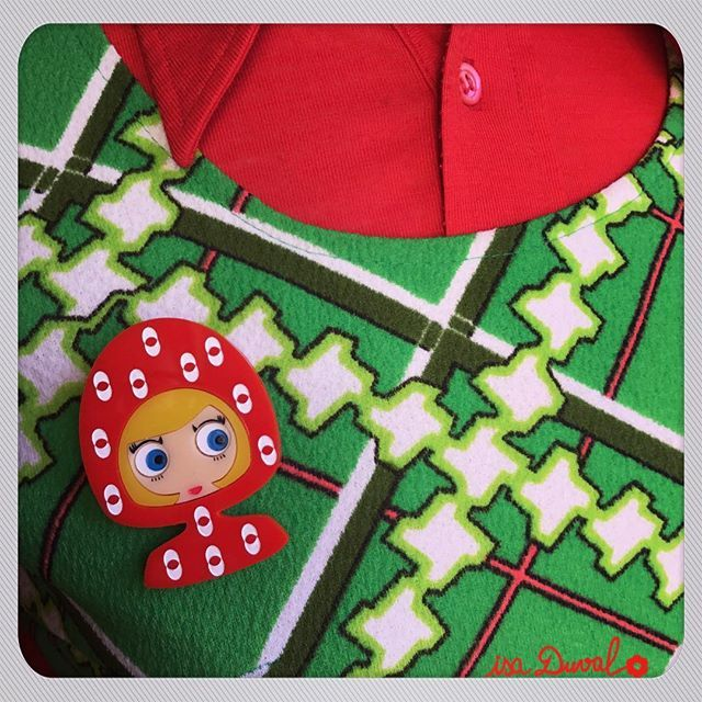 Wednesday last day to complete PRETTY PARIS my new limited EditionSUZIE brooch is on www.isaduval.com and ETSY#isaduval #isaduval_paris #acrylicbrooch #plasticjewellery #plasticbrooch #handmadejewelry #handmadebrooch #madeinparis #madeinfrance #vintageinspired #vintage #vintageoutfit #vintagefashion #funny #red #broochaddict #funnybrooch #broochlover #broochoftheday