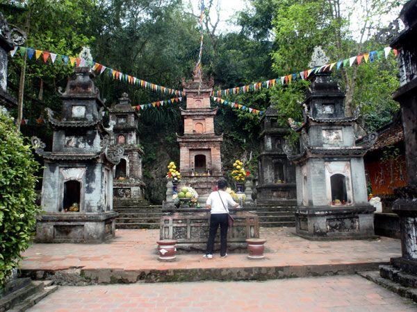 La Pagoda del Perfume, una de las excursiones de un día más típicas para hacer desde la ciudad de Hanoi en Vietnam