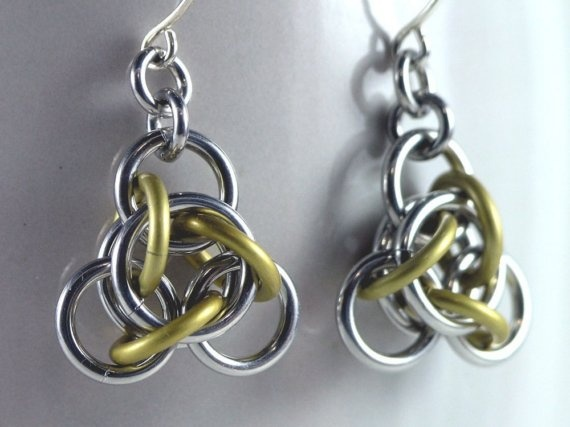 Not Tao 3 chainmail earrings.