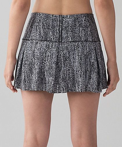 Lululemon Lost In Pace Skirt Regular & Tall Available Color:  Air Time White Black  Size 2-12  Price $68.00  Released:  2017