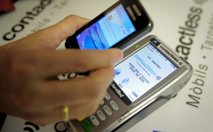 Mobile payments are transforming our society - cash could be obsolete in Britain by 2020