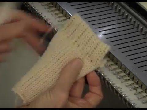 Интересный подгиб (не знаю, как точно назвать) Finish a Knit Piece with Mock Rib by Diana Sullivan - YouTube