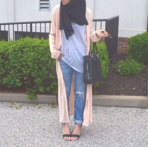 long peach cardigan hijab- Long and modest hijab outfits http://www.justtrendygirls.com/long-and-modest-hijab-outfits/