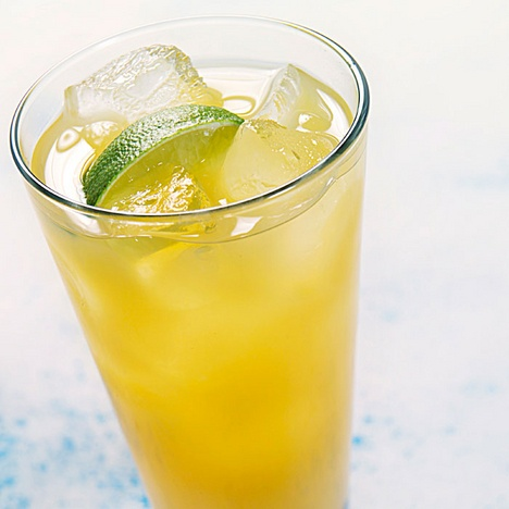 Auringonnousu-drinkki | Maku 4 2011