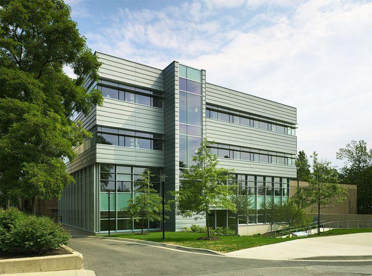 Project: Brock University - Welch Hall Location: St. Catharines, ON  Product:  Zinc Architect: Diamond+Schmitt Architects