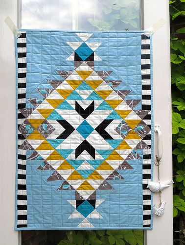 Bluebirds & blackbirds baby blanket | by Lotje quilts