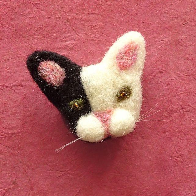 Cat Brooch, Cat Lover Gift, Cat Pin Badge, Cat Lady Stocking Filler £20.00