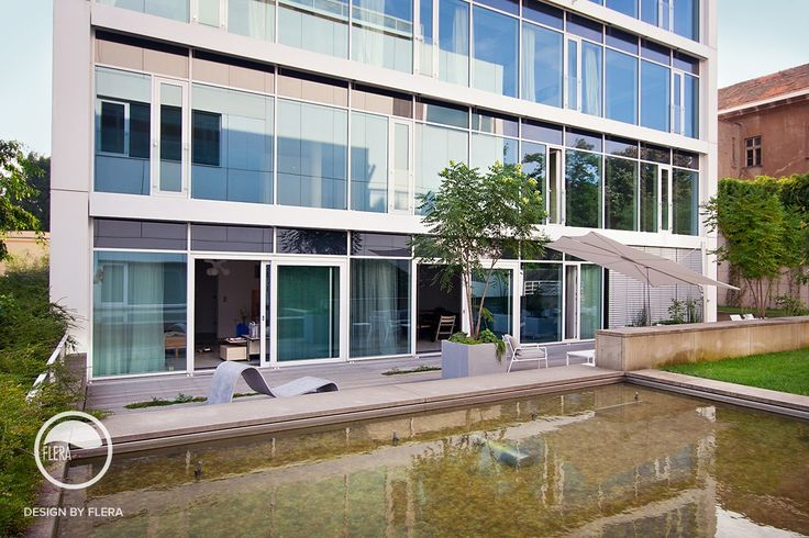 #landscape #architecture #garden #terrace #flowerpot #hedge #water #feature
