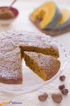 Una dei dessert che non può mancare in #autunno è la #torta di #zucca! Colorate…
