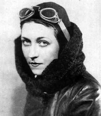 Amy Johnson on WWII in Color