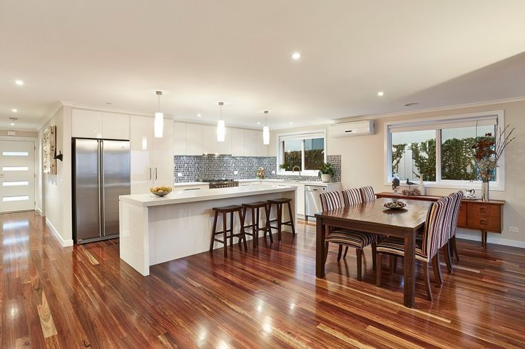 Highett Kitchen Spaces, Spotted gum floors, accent lighting, Dining, Handmade Italian Tile Splashback, Decorative Lights, Calm, Neutral Pallette designed by Frances Cosway, Interior Designer in Melbourne Australia